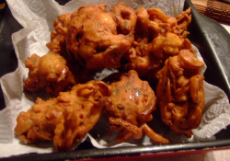 Onion Bhajis Small